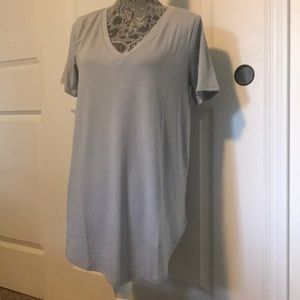 NWOT V-Neck Boyfriend T-Shirt